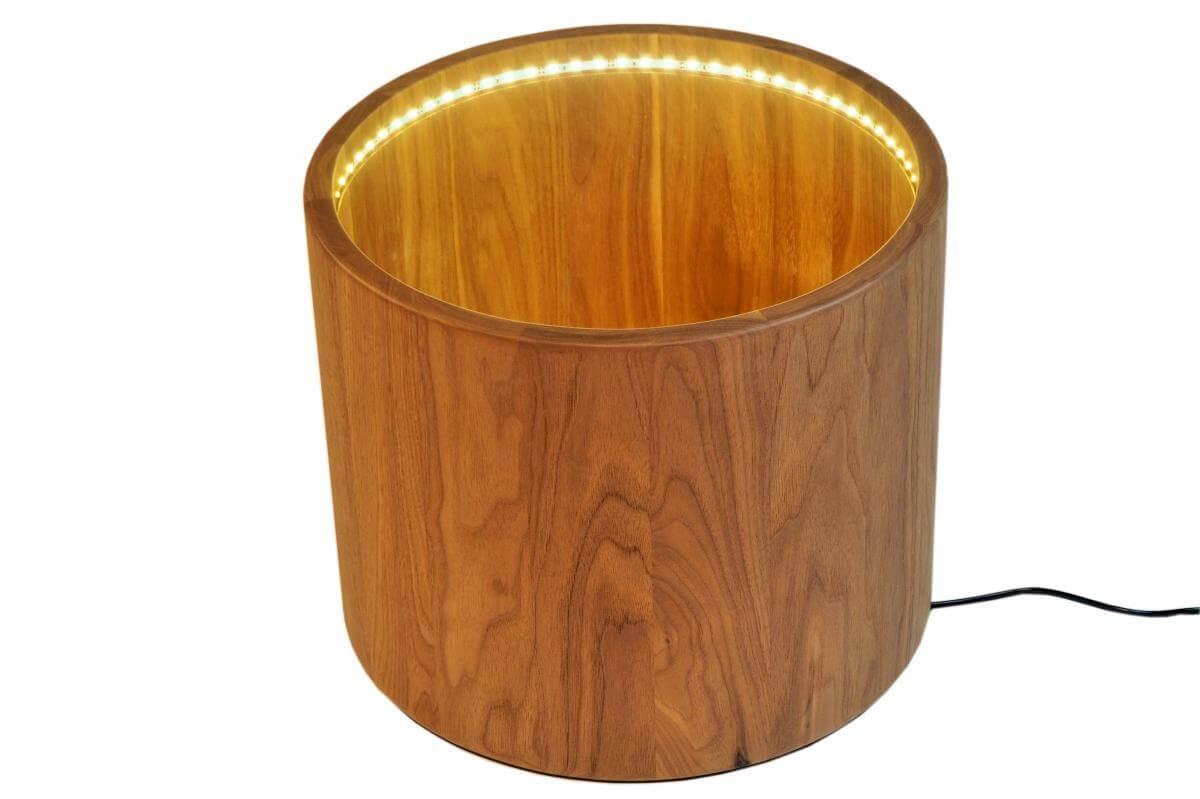 blumentopf mit led beleuchtung auf rollen aus massivem nussbaum. Black Bedroom Furniture Sets. Home Design Ideas